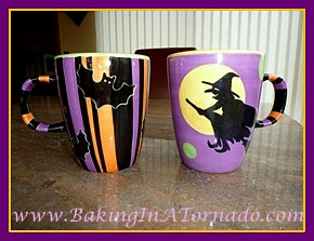 Halloween mugs | www.BakingInATornado.com | #Halloween #decorations