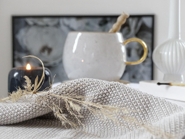 Stillleben mit Tasse und Kerzenschein | Fotoaktion #12von12 | 1 Tag in 12 Bildern im Juli | https://mammilade.blogspot.de