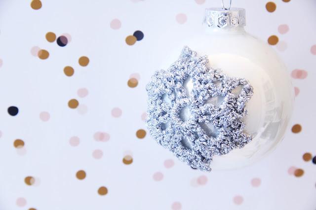 Gehaakt/ crochet, kerst, kerstbal, Patronen, Studio Mojo, gehaakte ijskristal, gratis patroon