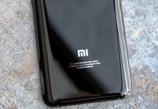 Telefon Pintar Xiaomi Mi 6 2017