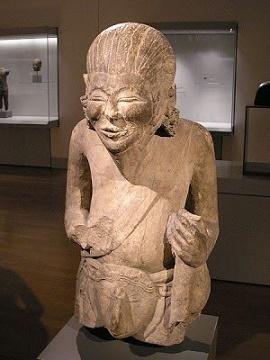 arca pertapa hindu - peninggalan kerajaan gajah mada