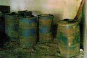 2000 Liter Bensin Terpaksa Di Keluarkan Dari Gudang,Padahal  Sebelumnya Telah Diumumkan Habis
