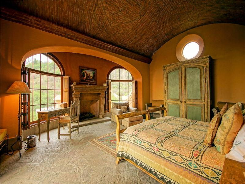 How To Decorate Your Master Bedroom in Mexican Country Style | Home ...