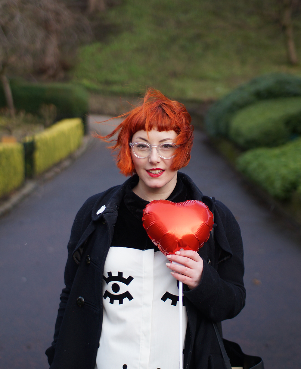 The Whitepepper, Sarah Fisk, Face dress, Boya Shen Photography, Edinburgh, Princes Street Gardens, Galentine's Day, Valentines shoot