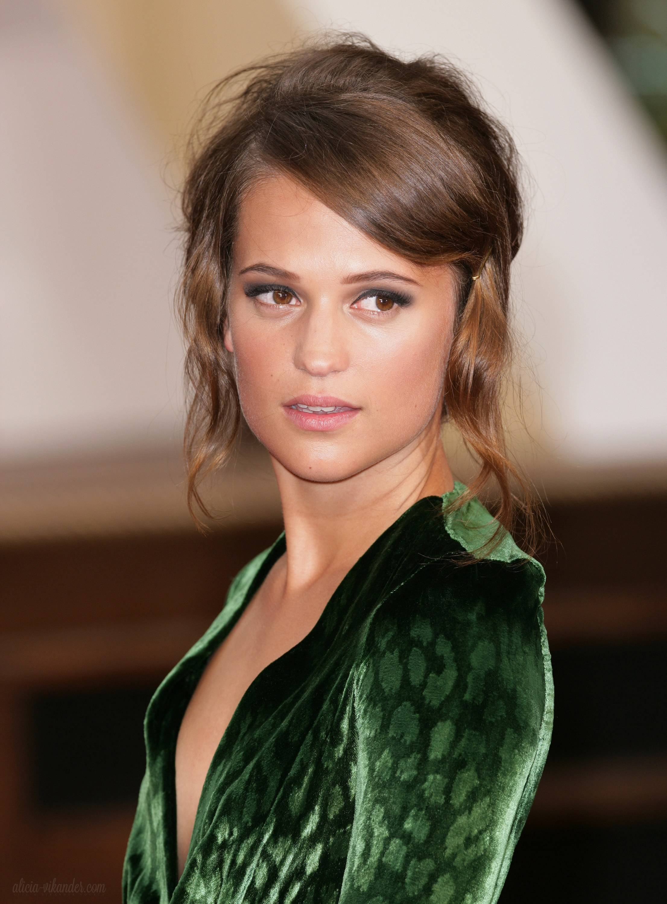 Alicia Vikander Pictures Gallery 18  Film Actresses-1179