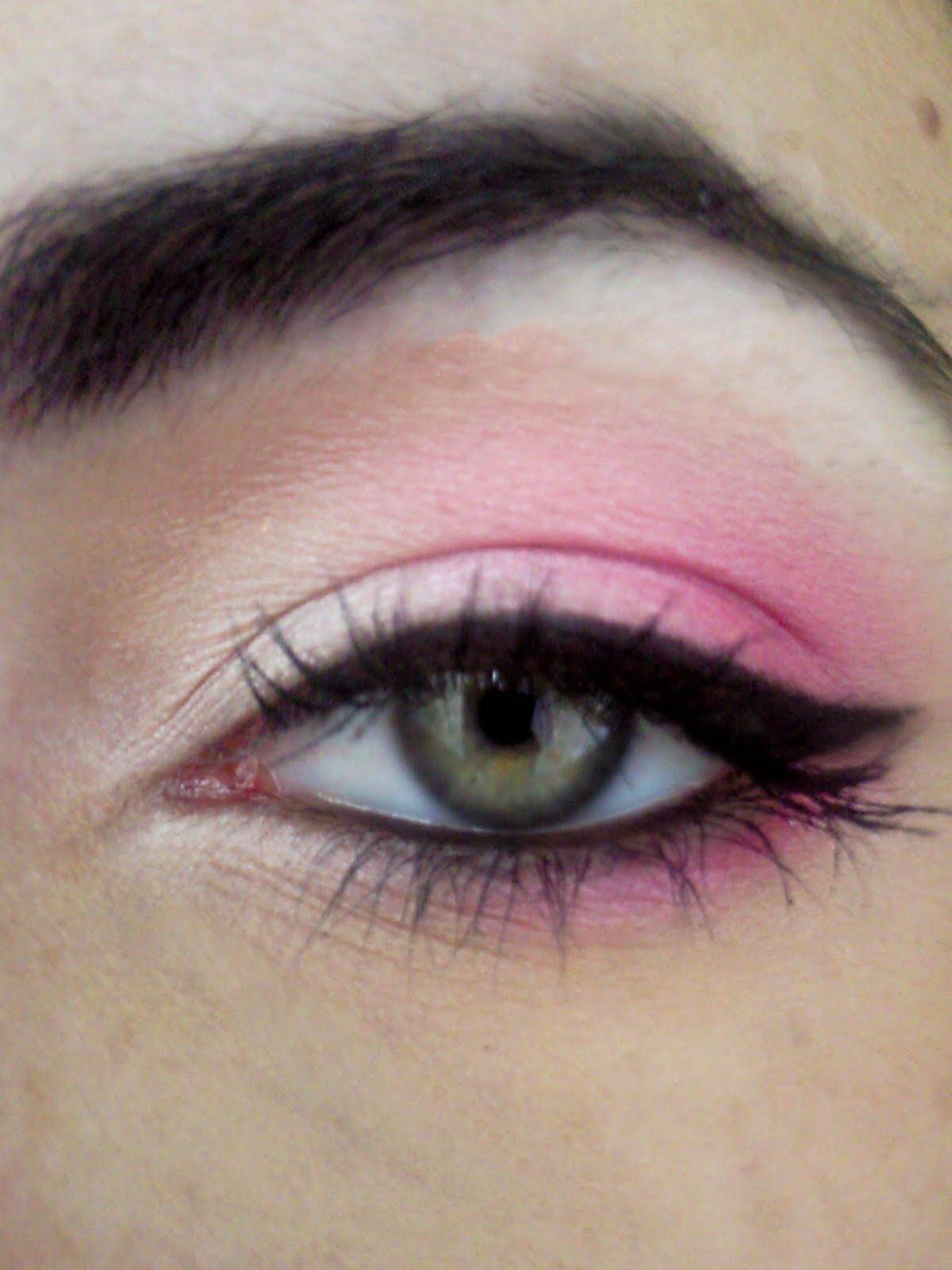 Eye makeup white