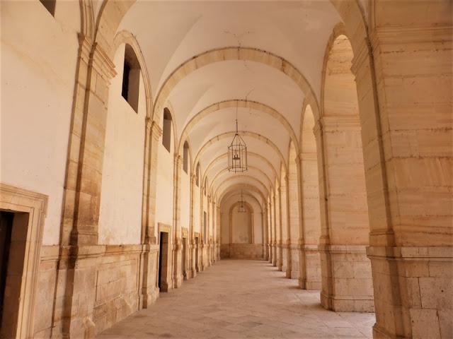 Monasterio de Uclés, corredor claustro superior