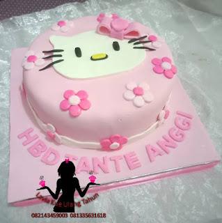 Kue Tart Hello Kitty Full Fondant buat Tante Anggi Sidoarjo