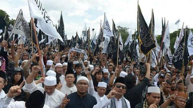 Kenapa Para Ulama Ahlu Sunnah wal Jama'ah Tidak ada yang Kibarkan Bendera Bertuliskan Tauhid?