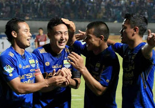 Video Cuplikan gol PERSIB vs PSM Makassar 2-1 Liga 1 5/7/2017