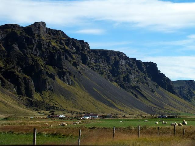 recorrido en coche por Islandia