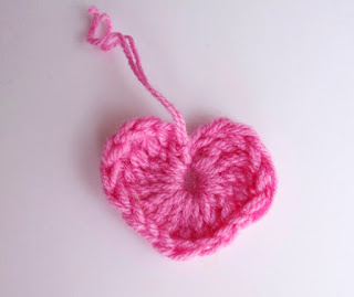 crochet heart by Chez Violette