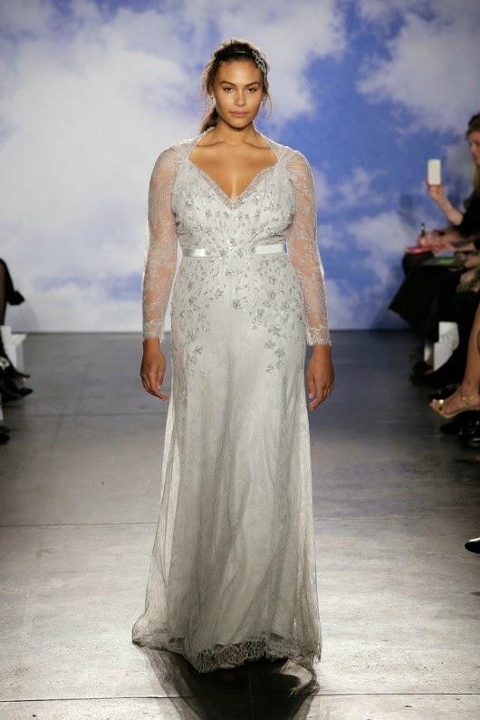 Marquita Pring indossa un abito da sposa della collezione 2015 Jenny Packam c3661a457de1