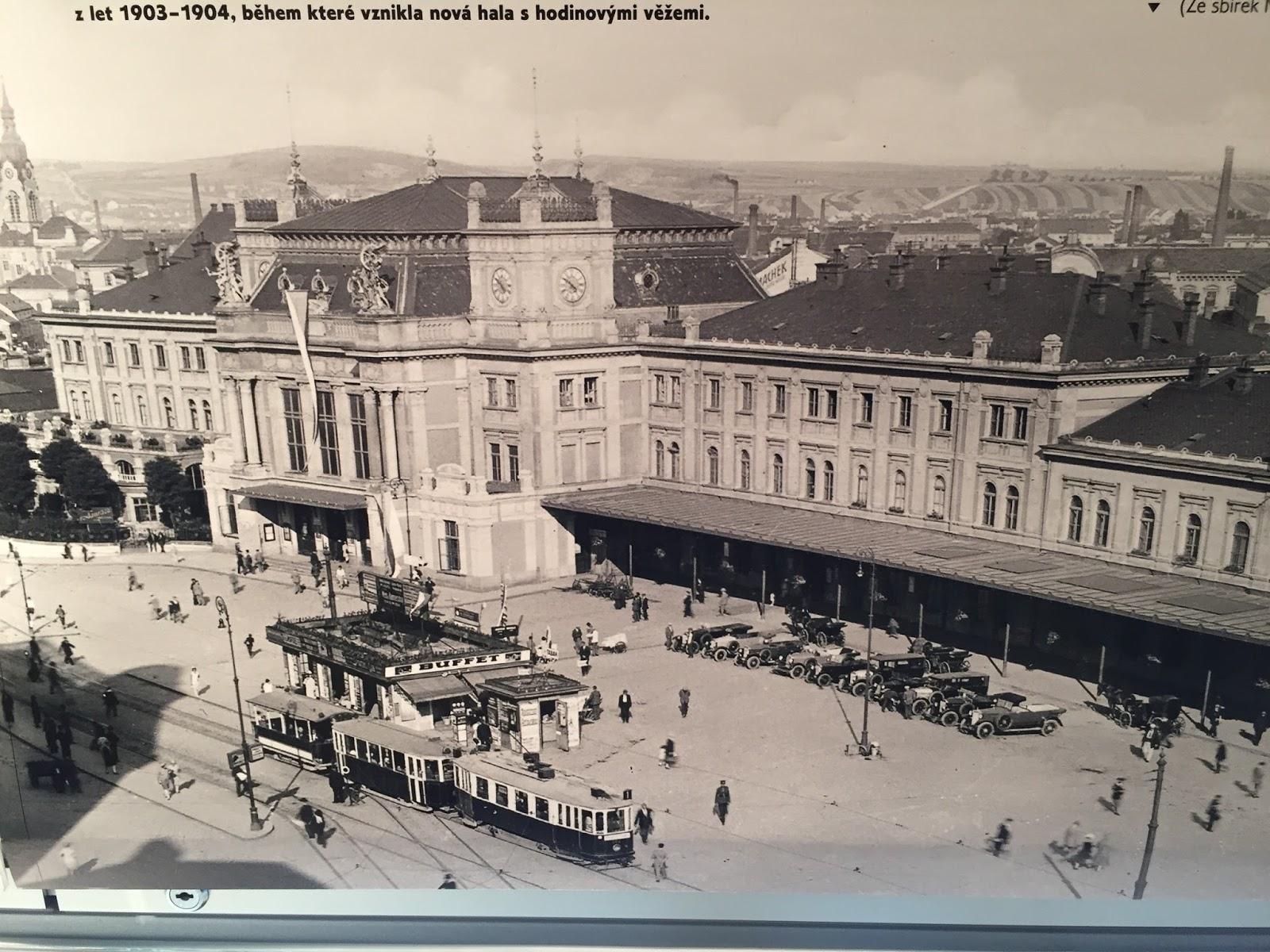 Christopher's Expat Adventure: Photo Exhibition at Vila Löw-Beer