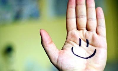 Wow! Ini Dia 5 Keuntungan Murah Senyum Bagi Kesehatan Jiwa dan Raga