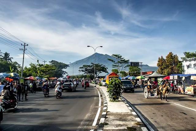 Pasar Tiban Salatiga di Ruas Jalur Lingkar Salatiga