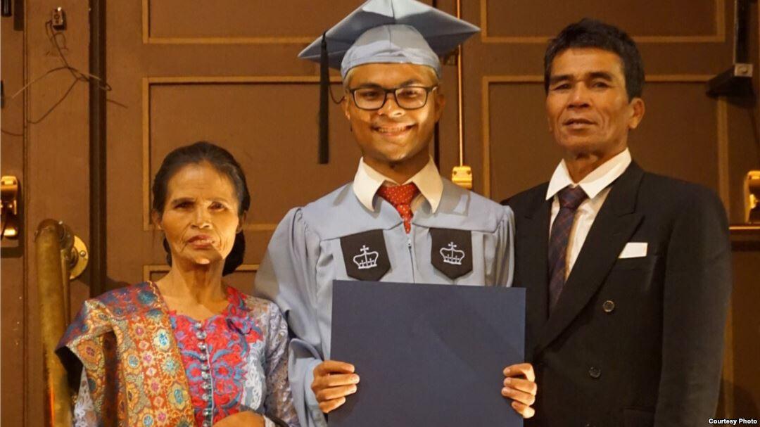 Kisah Perjuangan Robinson Sinurat, Anak Petani Lulusan S2 Universitas Ternama di AS