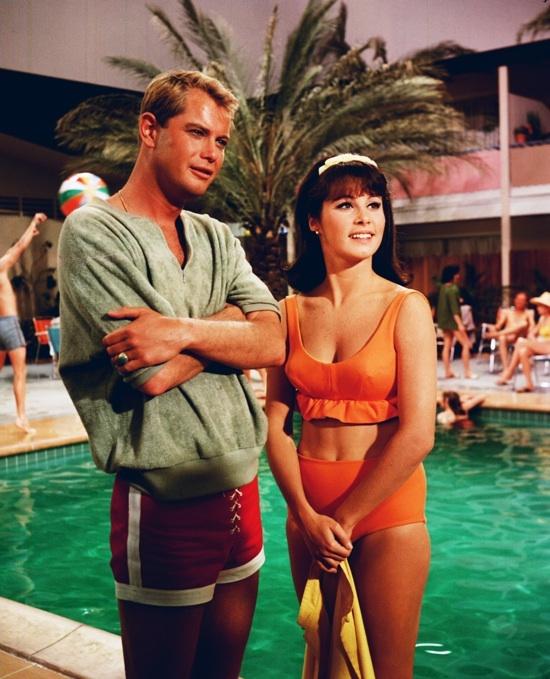 Vintage Clothing Love: 1960's Fashion On Film