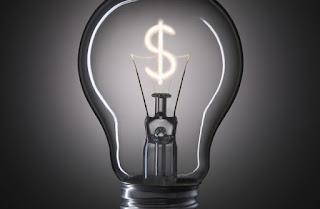 Conta de luz pode acumular alta média de 44% em 2018, diz estudo