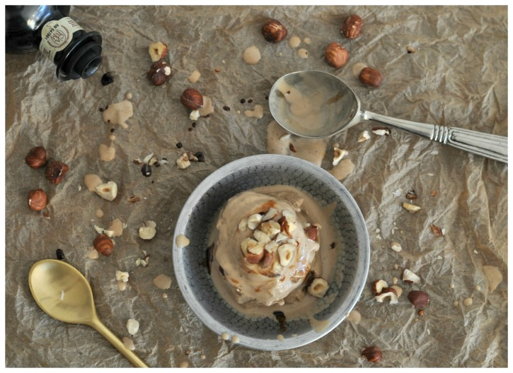 Ice cream with balsamic vinegar, an explosion of flavor (gluten free)