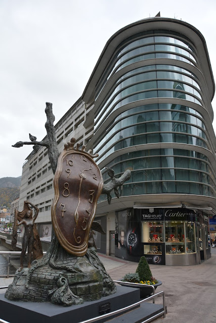 Andorra La Vella art watch