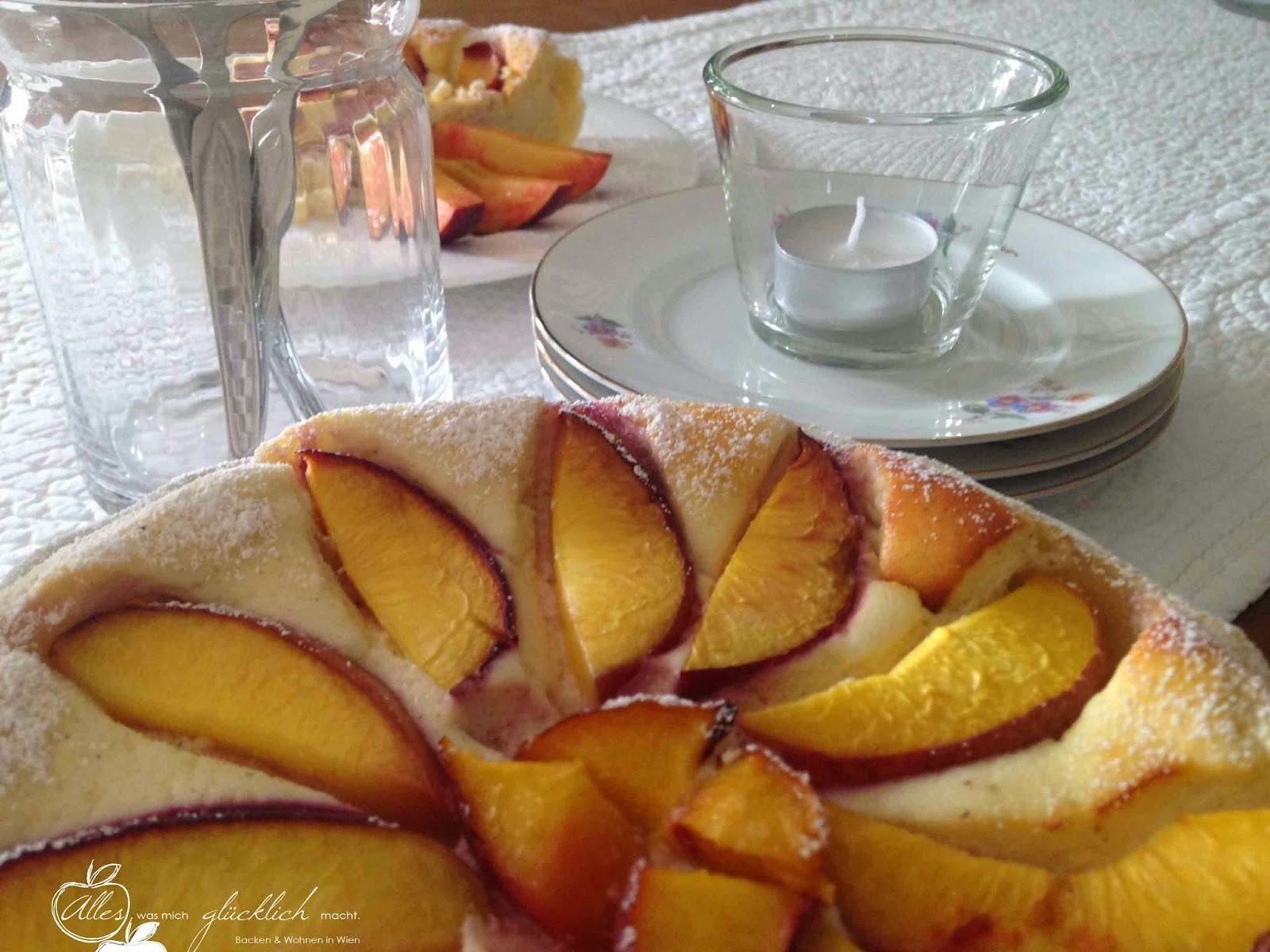 Nektarinen Topfenkuchen