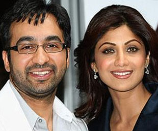 Shilpa Shetty and Raj Kundra blessed with 'Baby Boy'