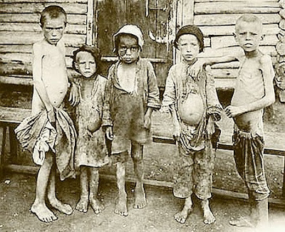Starving children in Russia in 1922