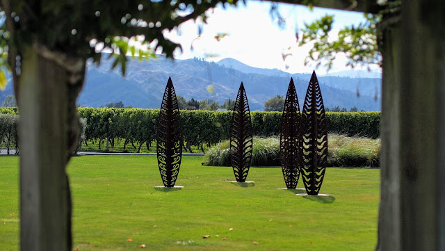 Blenheim wineries: leaf sculptures outside of Wairau River winery