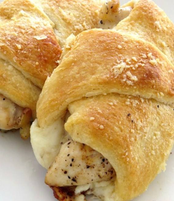 Parmesan Chicken Roll Ups #easy #chicken