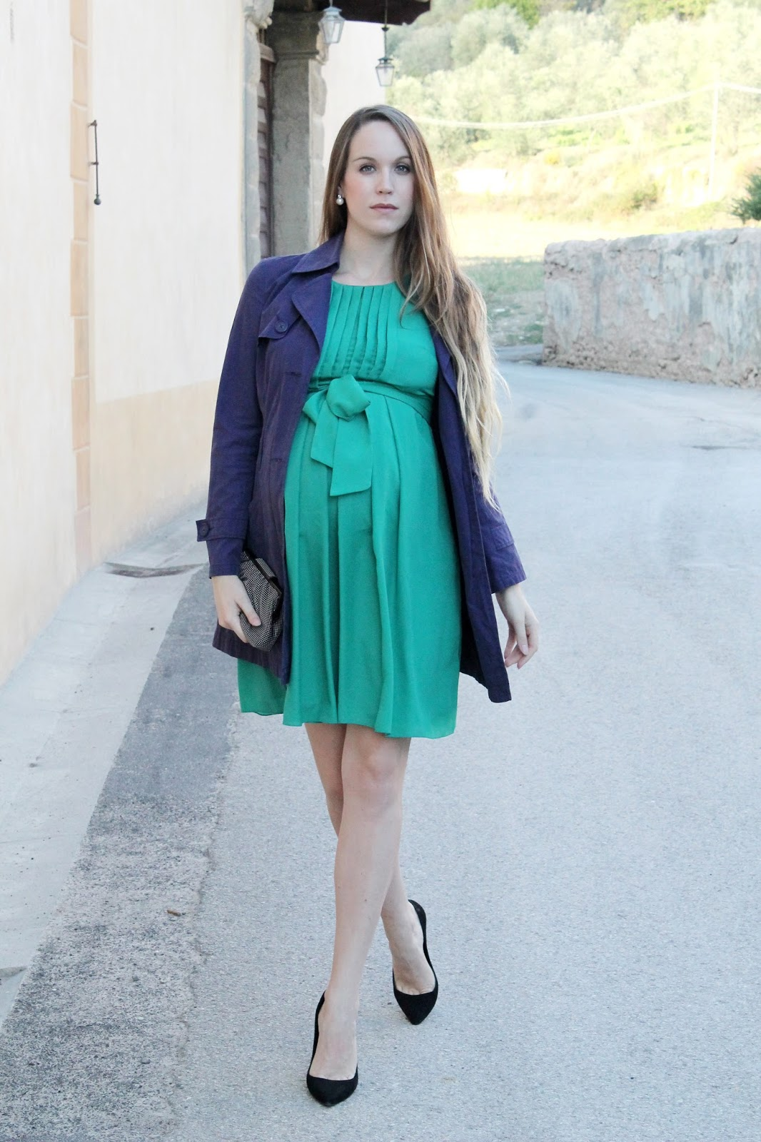 fashion blogger maternity style