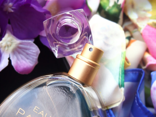 Molto EDP is all about sophisticated softness in one bottle, not only they used premium flowers from France but they also use vanilla to add that modern twist in the scent. This perfume is inpired by Parisien from YSL or Tressor in Love from Lancome where these two used premium flowers from France. Molto is partnering with Sephora Indonesia and you can get it for IDR 520.000