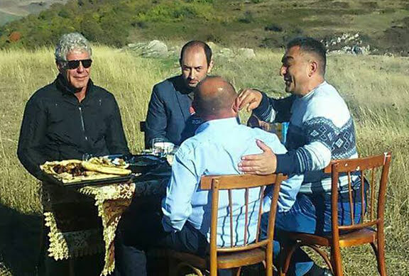 CNN transmitirá episodio de Anthony Bourdain en Armenia