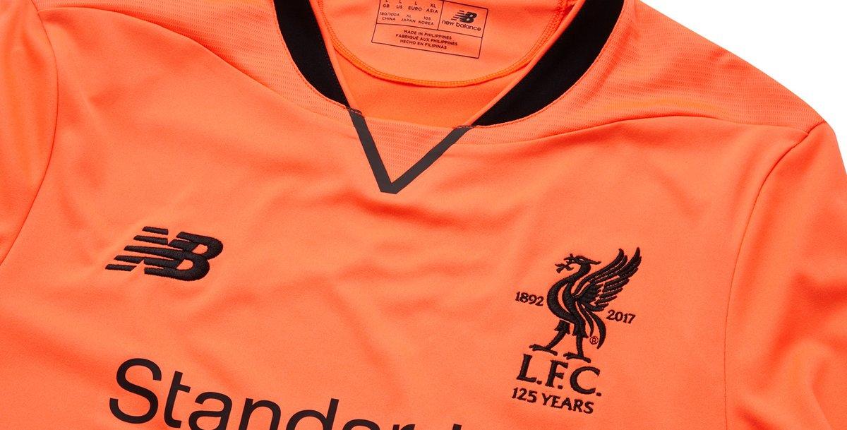 ce0b4d4ee0 New Balance lança a nova terceira camisa do Liverpool - Show de Camisas