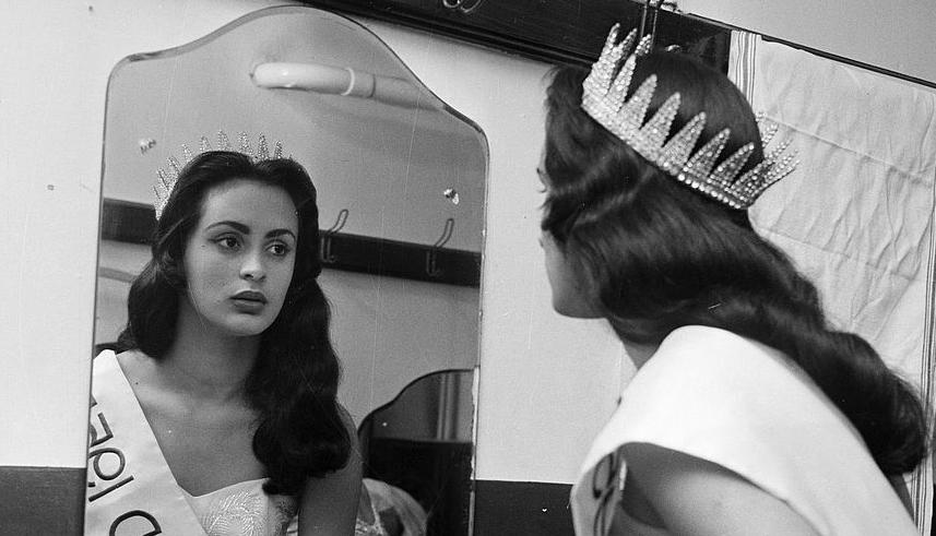 Susana+Suijm%252C+Miss+Mundo+1955+%25281