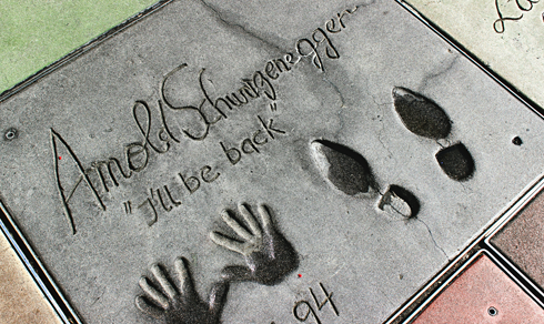 chinese theatre handprints footprints hollywood