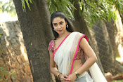Angana Roy in half saree-thumbnail-5