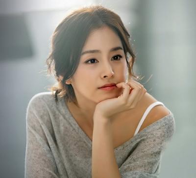 Kim Tae Hee Artis Korea tercantik dan Seksi