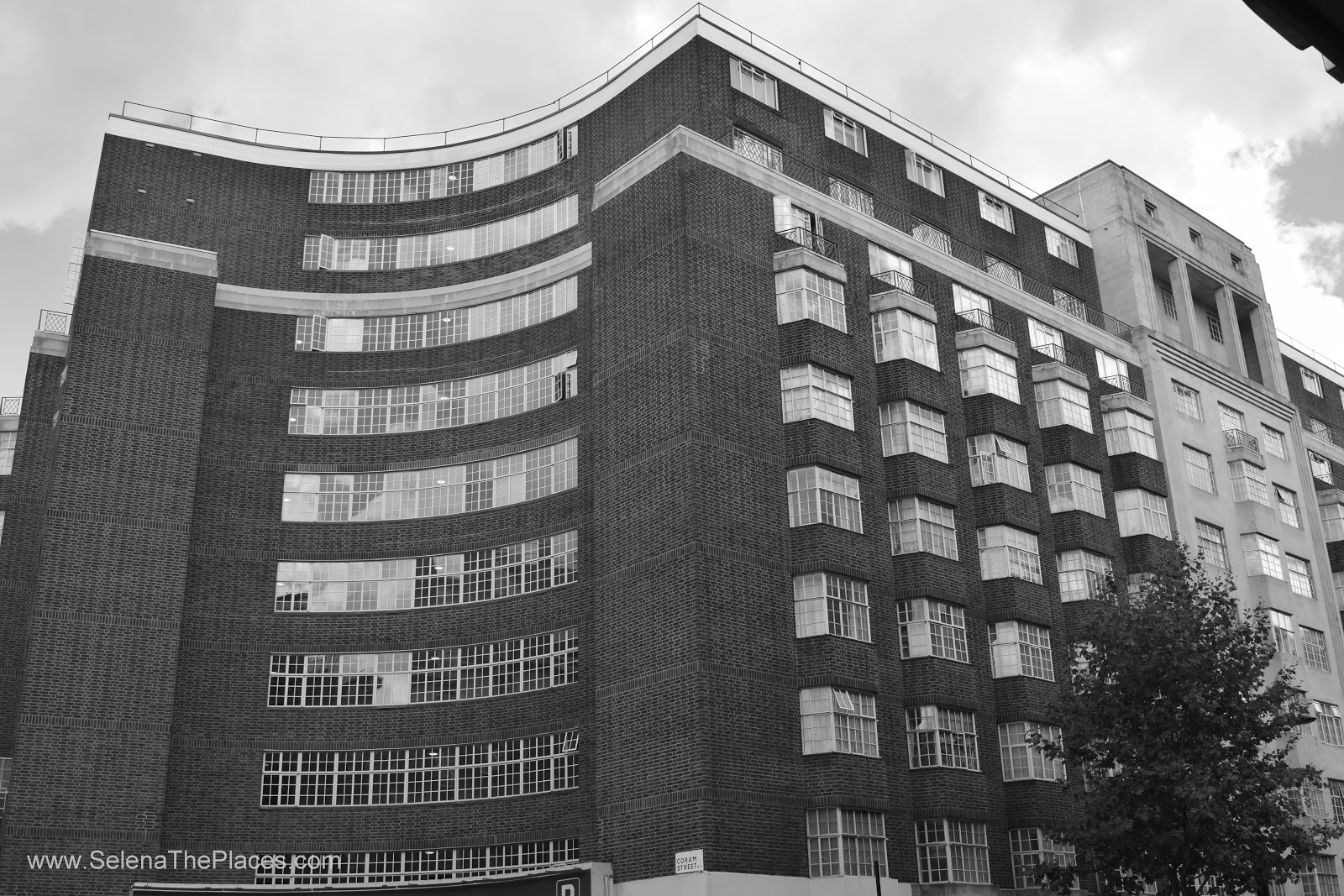 Art Deco in Bloosmbury Tour with London Unravelled