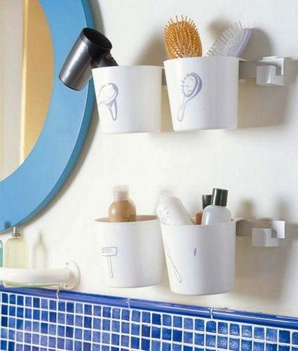 Cheap and Creative Storage Ideas for Small Bathrooms 2