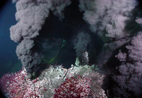 Fumarola-Negra-Oceano