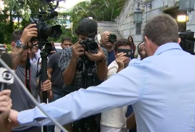 Crivella se nega a dar entrevista a repórter da Globo