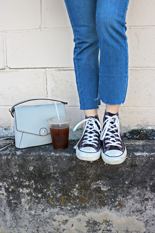 Cropped Jeans, Converse Shoes, Cross Body Bag