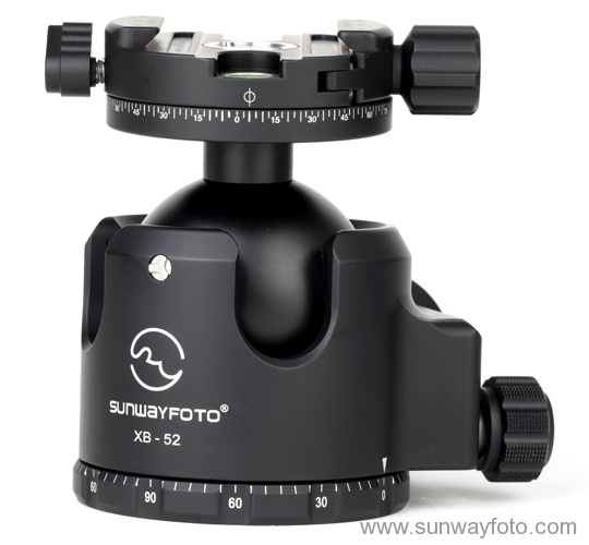 Sunwayfoto DDH-03 on XB-52 Ball head