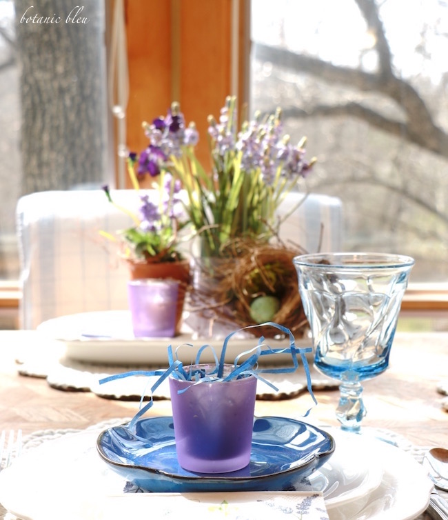 early-spring-blue-plate-table-setting