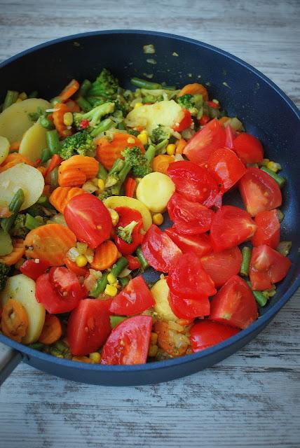 skworcu,karahi chickenmasala,przyprawy bez chemii,makaron z warzywami,szybki obiad,makaron,
