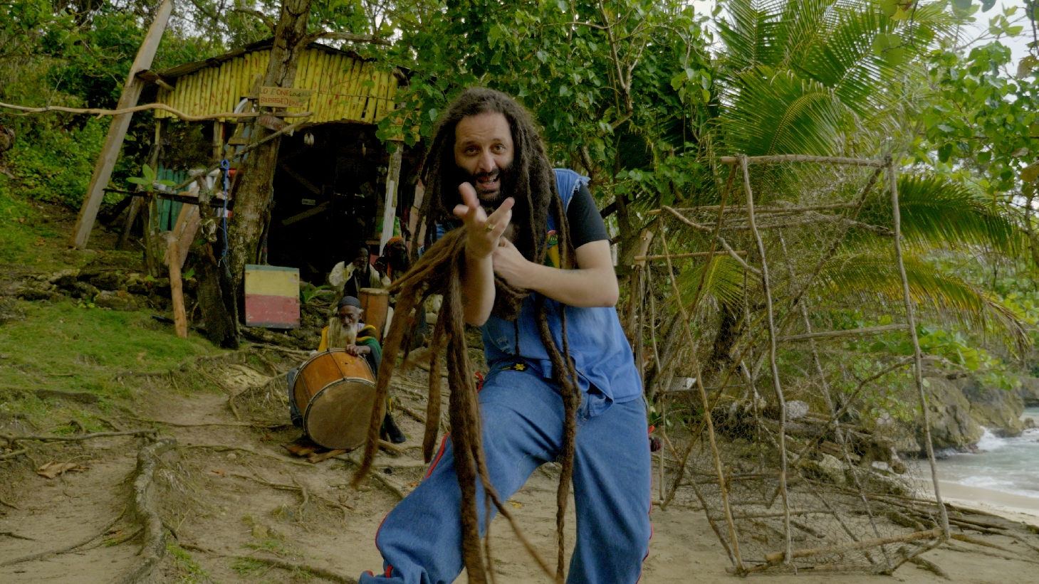 ALBOROSIE - MR. PRESIDENT LYRICS - songlyrics.com