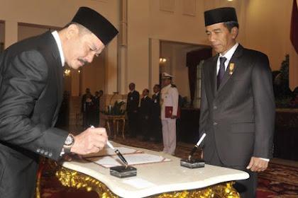 """""""Bandara Halim jatuh ke Lion Air, Jokowi sama dengan Mega yang suka jual aset negara ke asing""""?"""