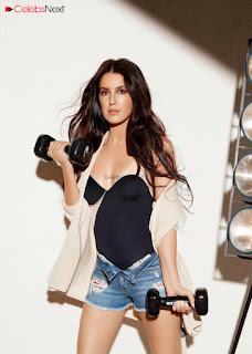 Isabelle Kaif Sizzling Cute Poshoot for GQ Magazine June 2018 (1)