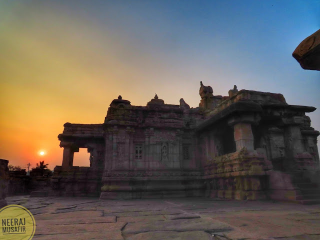 Sunset in Pattadakal